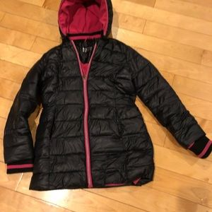 MK girls puffer jacket.
